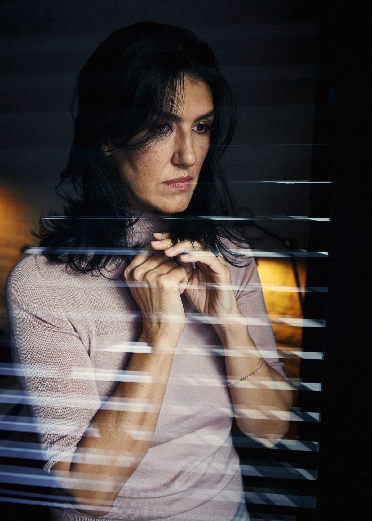 Мира Лазарова пред 12 Magazine