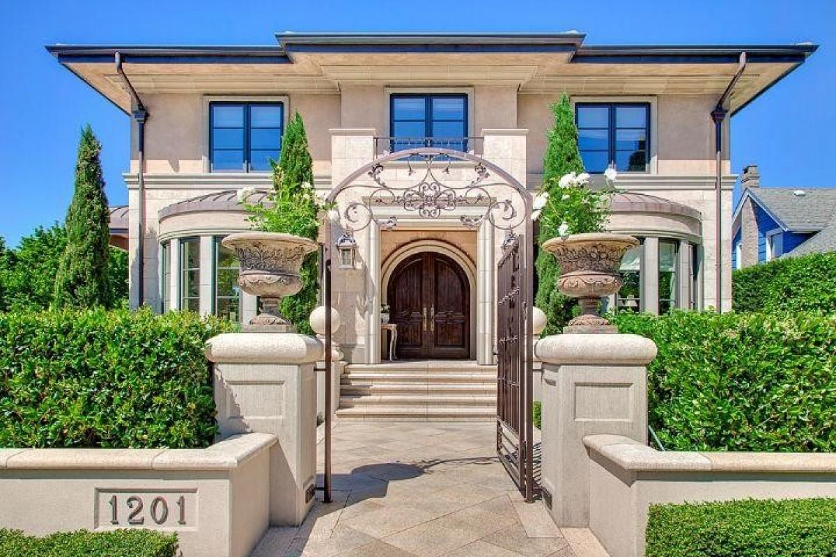 """Новите """"горещи"""" дестинации за покупка на луксозен имот"""