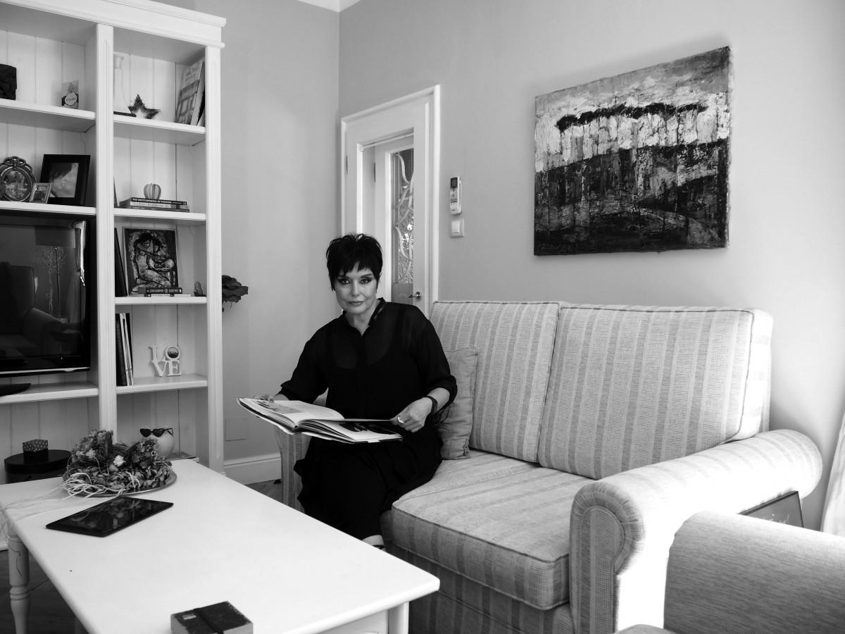 Домовете на хората, които продават домове - Руми Еванс