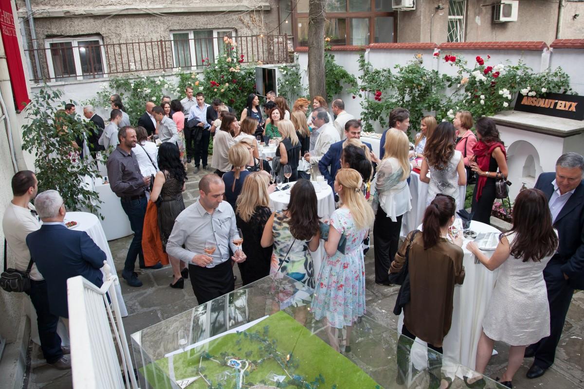 Unique Estates Life Magazine Party