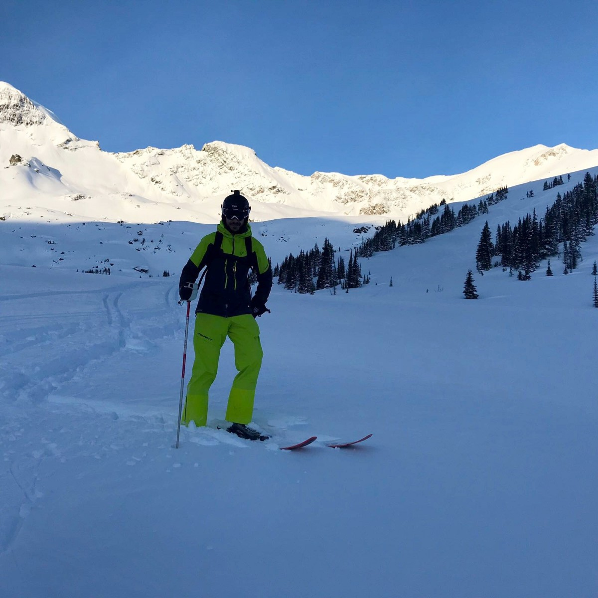 Around the world with  Unique Estates - Christo Iliev and Theodor Iliev heli-skiing in Canada