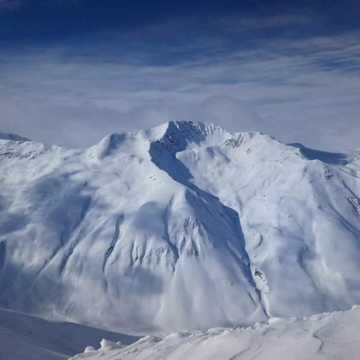 По света с Unique Estates - Милен Маринов на ски в Алпите