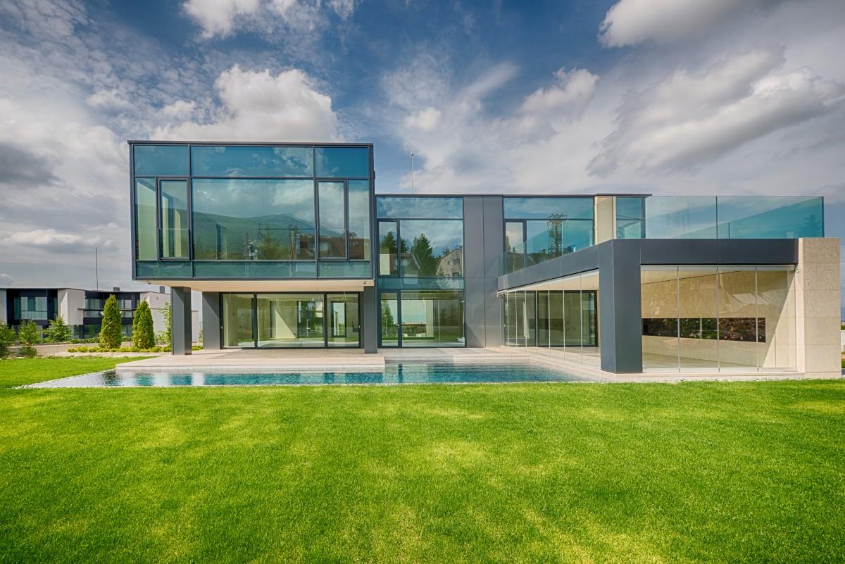 Ден на отворените врати - просторна, нова къща за продажба в кв. Бояна