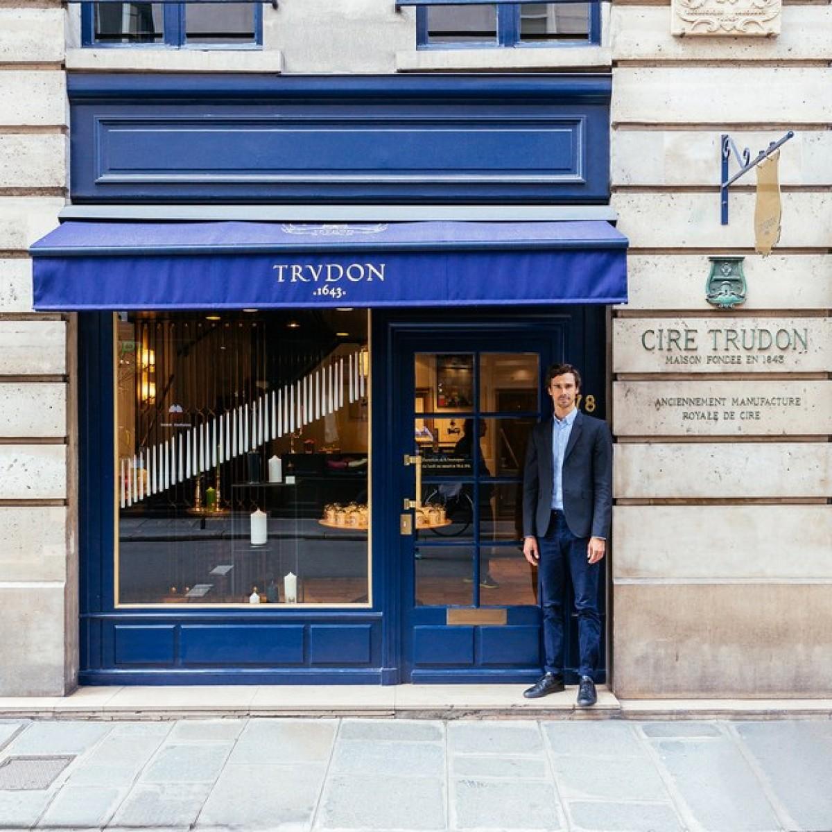 The colorful façades of Paris - stories through the lens of Sebastian Eras