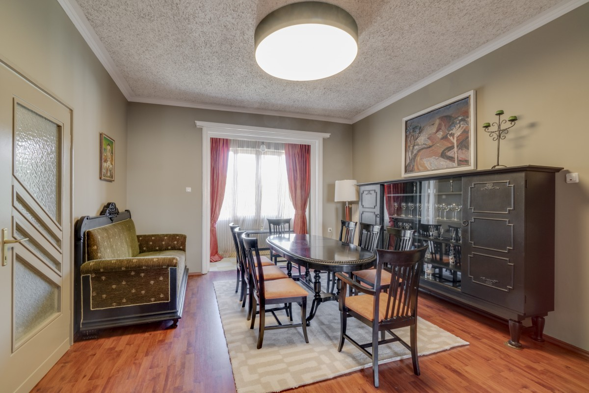 Open House Day - Aristocratic property with perfect location