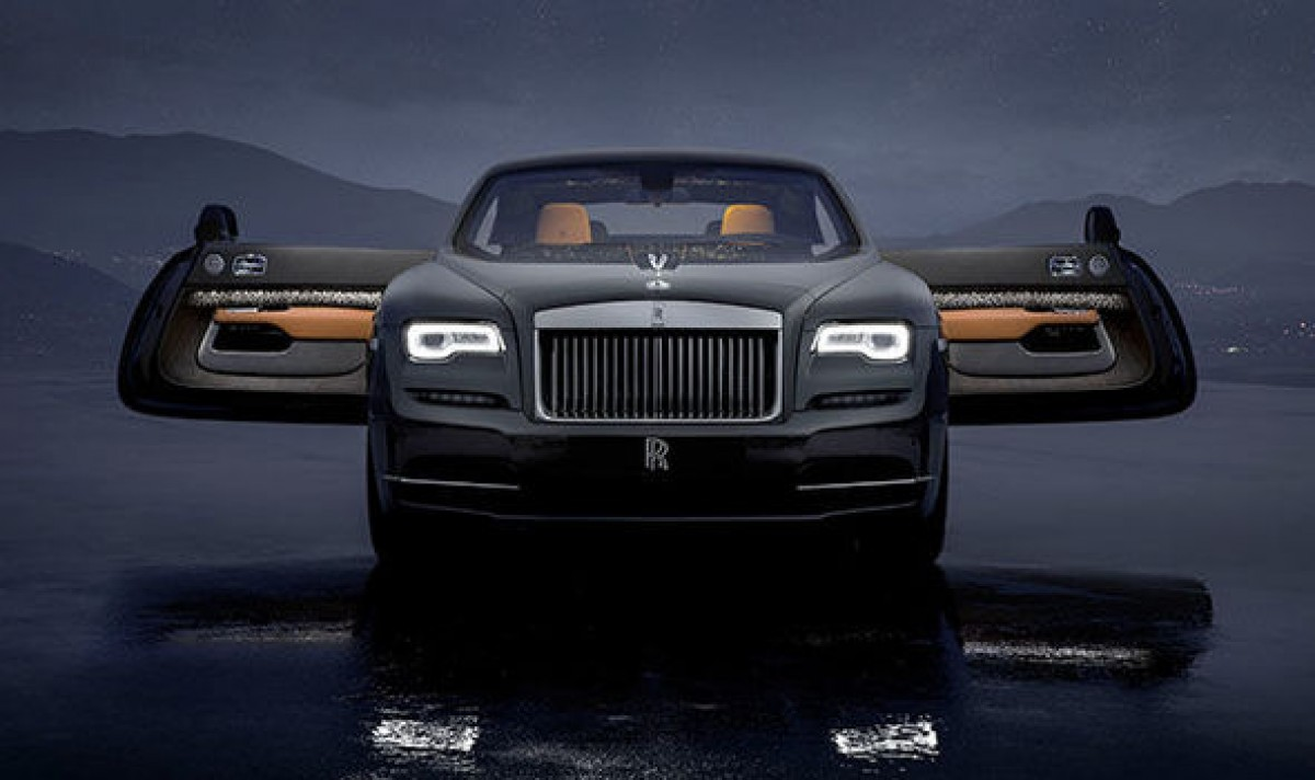In a brave expression of dynamic luxury, Rolls-Royce reveals the Wraith Luminary Collection