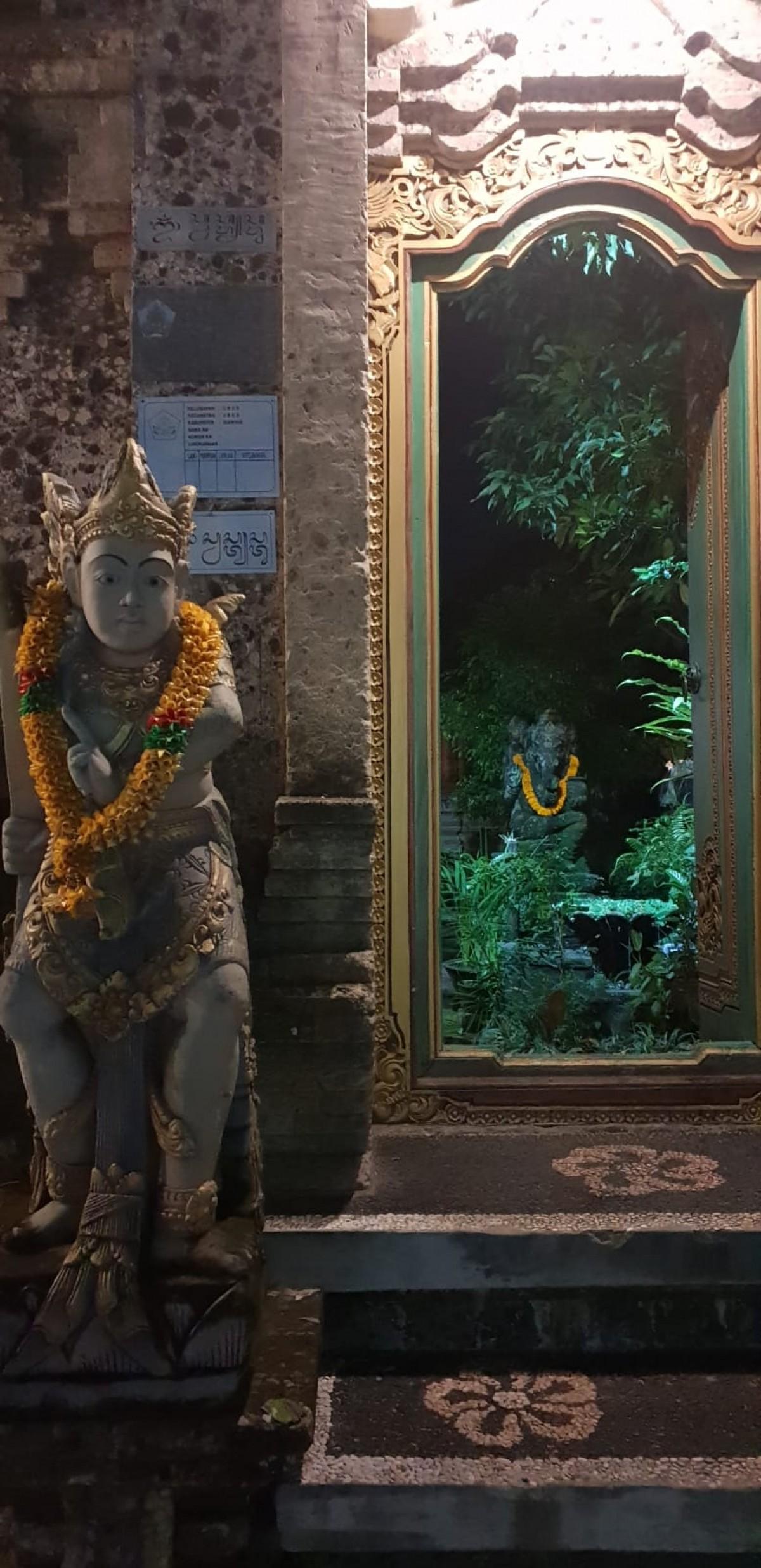 Around the world with Unique Estates - Anastasia Petrova in Bali