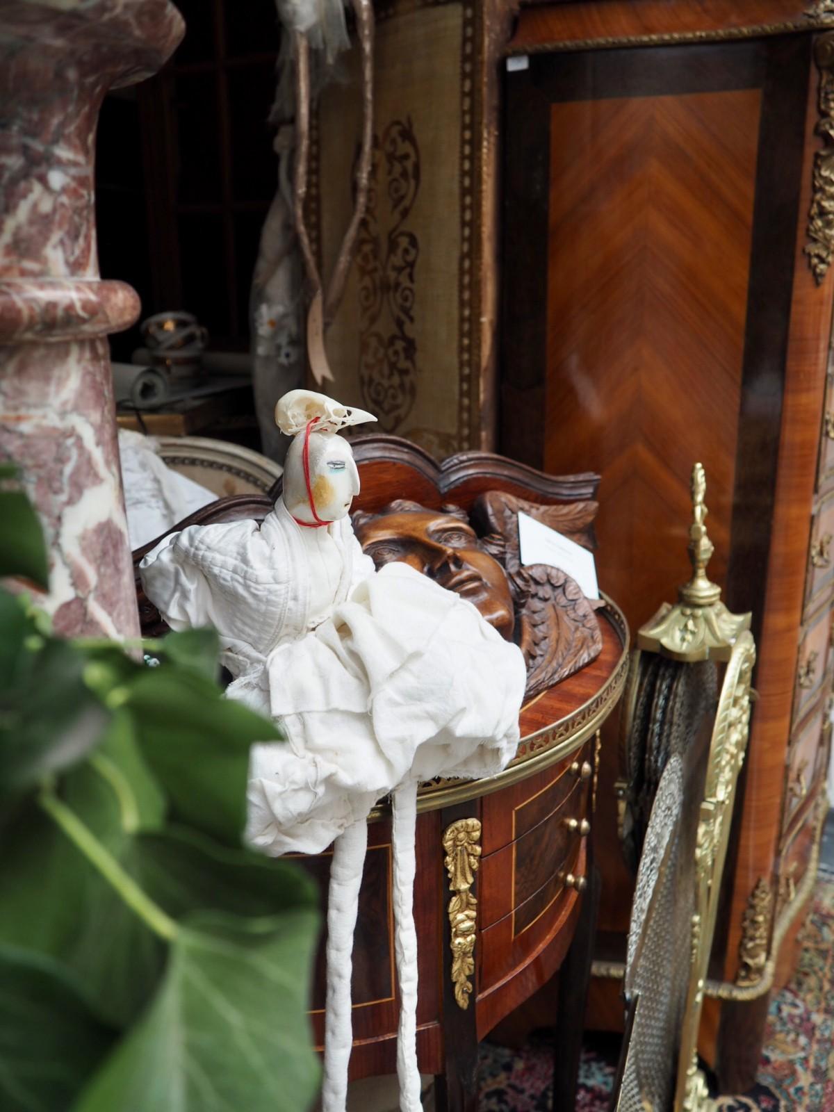 Time stops around Christmas – splendor and elegance at Marche Antique & Le Petit Salon