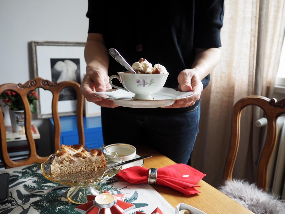 Един ден около Коледа с Мира Лазарова