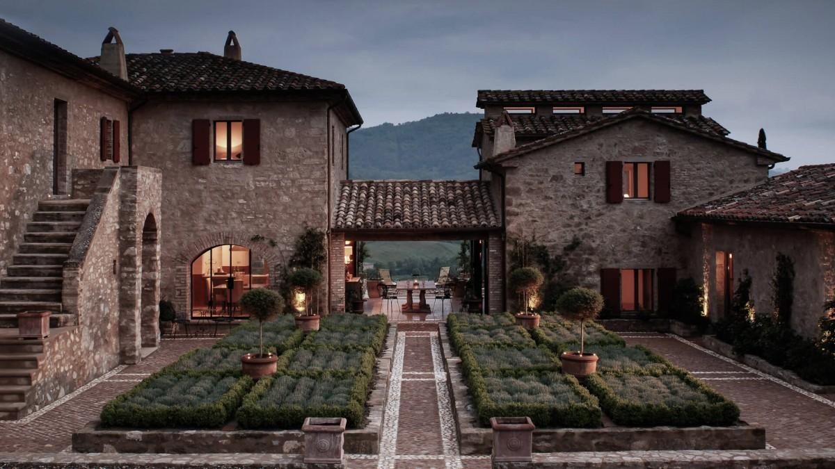 Castello di Reschio - Една от най-изисканите и най-добре пазени тайни на Италия