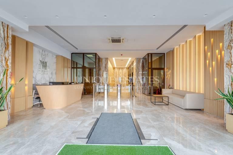 Голям офис под наем в луксозна сграда с отлична локация