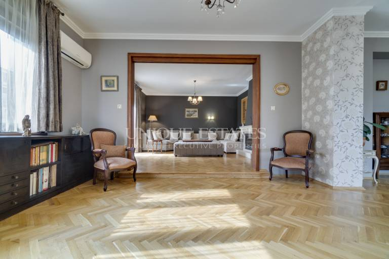 Stylish one-bedroom apartment on Oborishte Str.