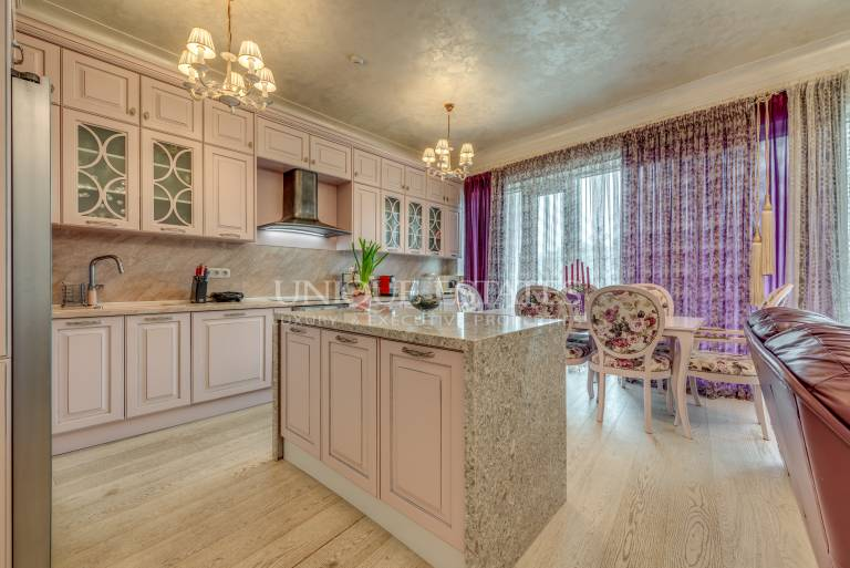 Impressive property for sale in a luxury building in Lozenetc Qt.