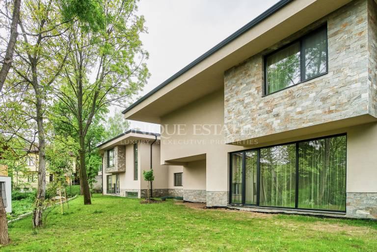 Brand New House for Sale in Malinova Dolina