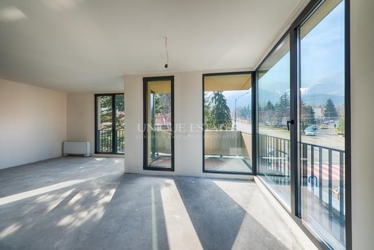 Уникален тристаен апартамент  в Бояна