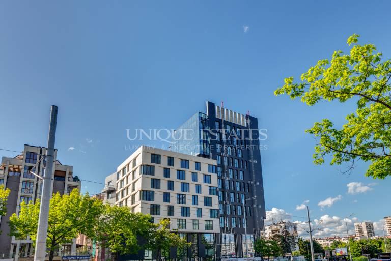 Прекрасен двустаен апартамент в нова сграда на бул.България