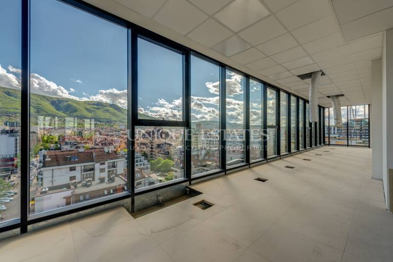Panoramic office with amazing view