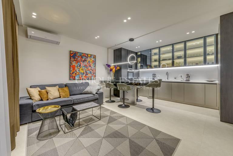 Екслузивен, дизайнерски апартамент в сграда Соната под наем