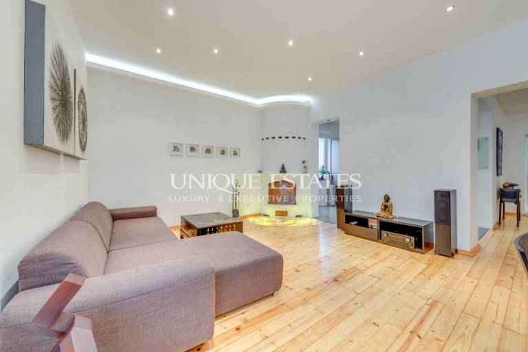 Extremely elegant apartment in the ideal center of Sofia for rent