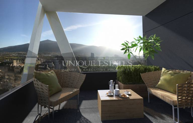 Нов, слънчев, топъл апартамент с прекрасна гледка