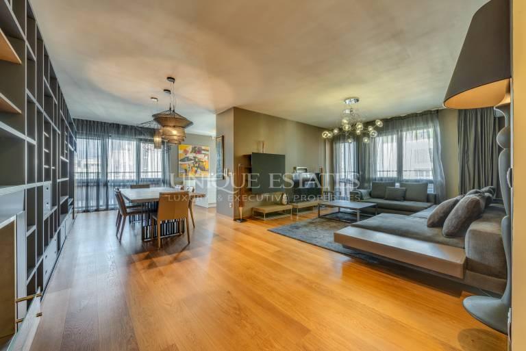 Модерен апартамент с 3 спални под наем в луксозен комплекс
