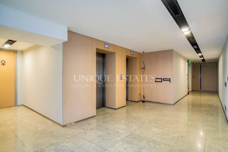 Изключителен офис под на наем до бул.България
