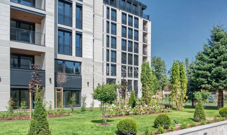 Апартамент с три спални в луксозна сграда, в кв. Лозенец