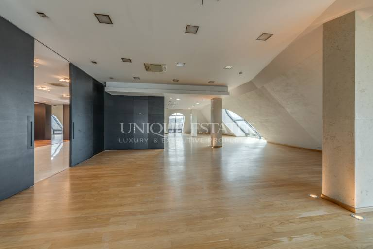 Amazing penthouse with a 360 degree views in Downtown Sofia