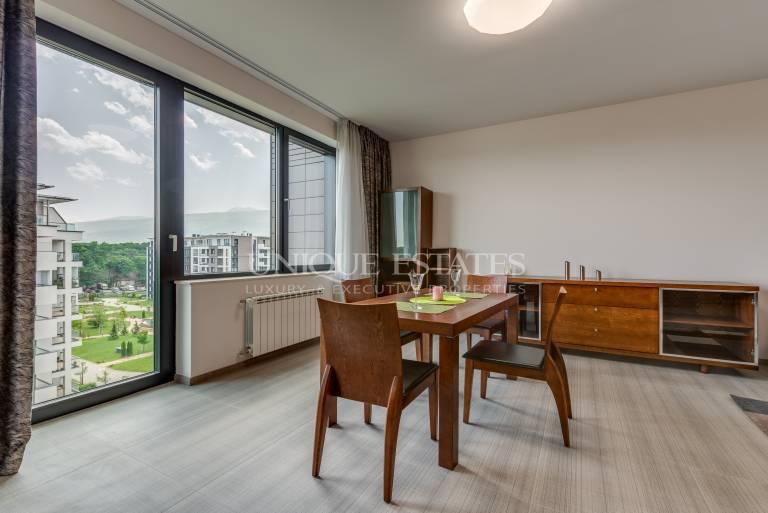 Страхотен чисто нов тристаен апартамент в София ленд с гледка