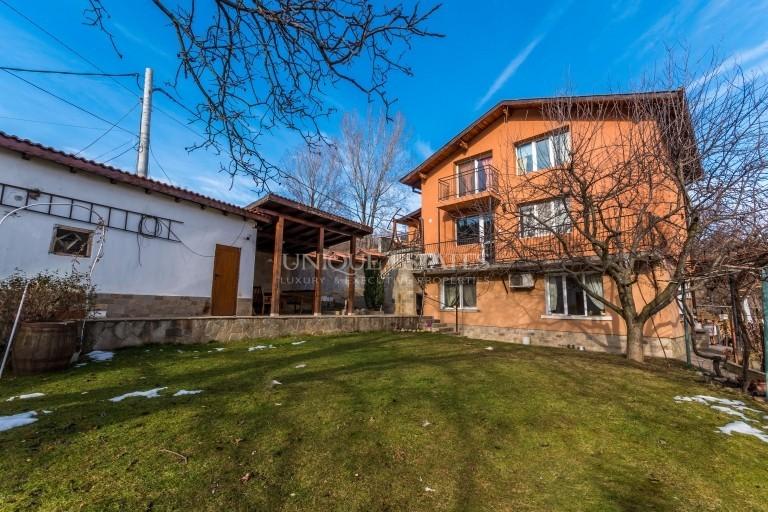 Панчарево, етаж от къща под наем