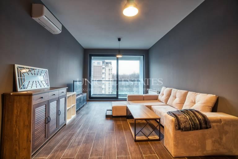 Страхотен дизайнерски апартамент в София Ленд Резидънс, под наем