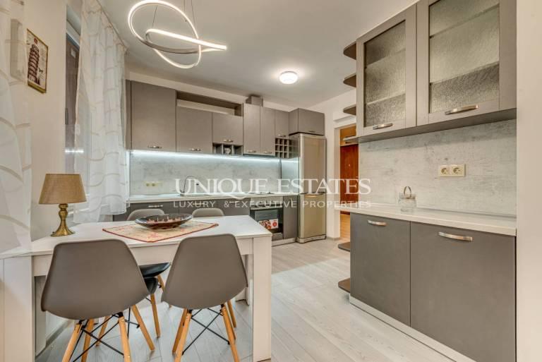 Нов апартамент с две спални и двор в кв. Витоша