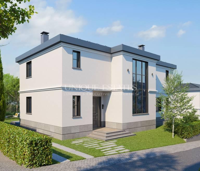 Classic house in Simeonovo Alleys complex
