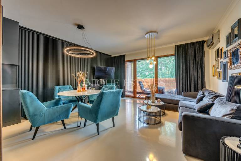 Excellent two bedroom apartment in Maxi for sale
