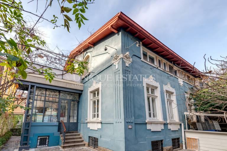 Аристократичен имот за продажба в центъра на София