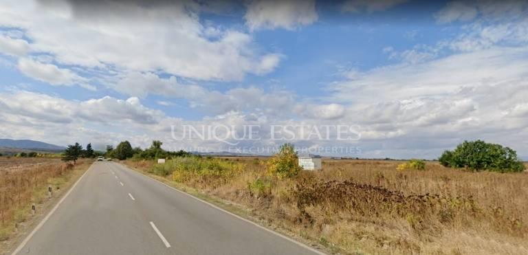 Regulated plot at the main road to Bankya