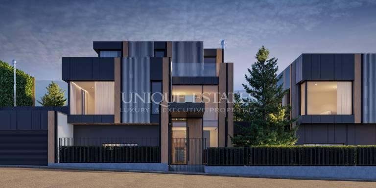 Модерна къща в затворен комплекс в близост до язовир Панчарево