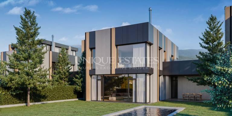 Нова модерна къща с басейн в затворен комплекс в район Панчарево