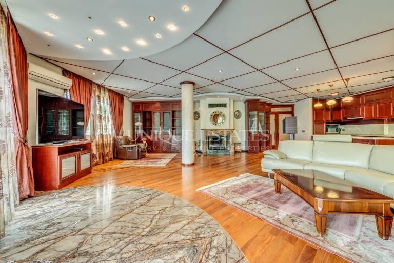Обзаведен многостаен апартамент под наем в кв. Лозенец