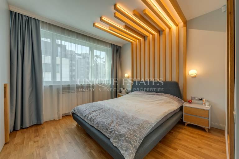 Тристаен апартамент за продажба в кв. Изток