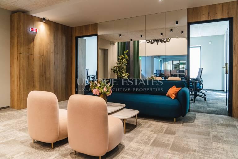 Functional office for short-term rental