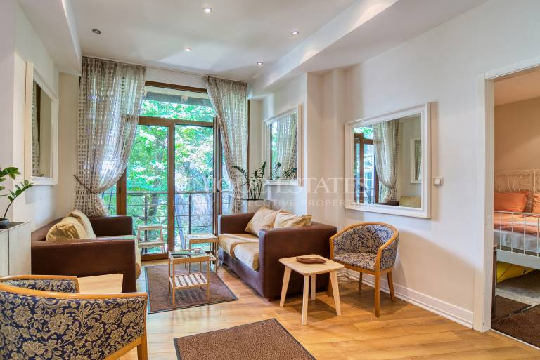 Exclusive four bedroom house for rent in the center