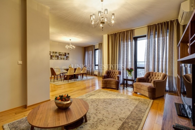 Excellent three-bedroom apartment for rent in Este Home&Spa