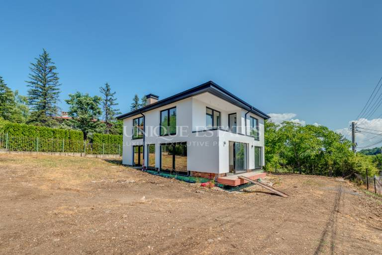 Beautiful house with four bedrooms for sale in Bankya