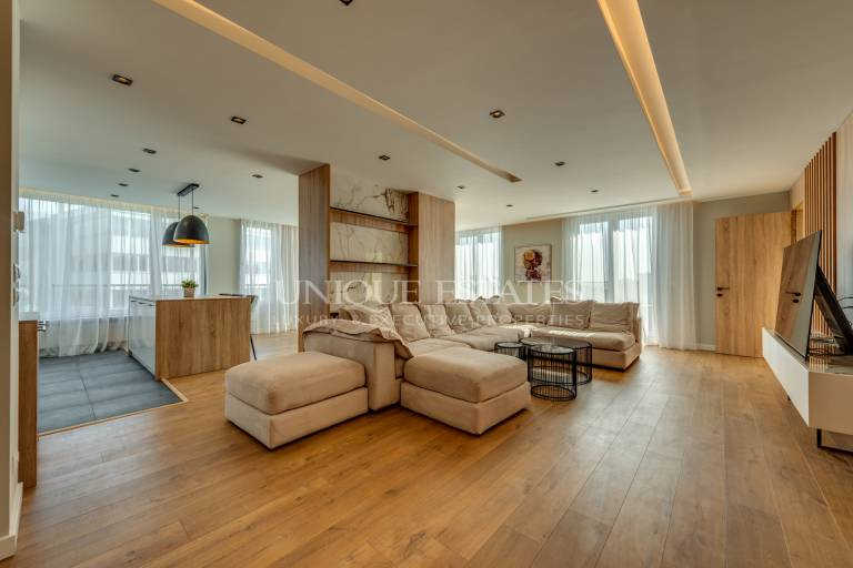 Impressive apartment for rent with three bedrooms