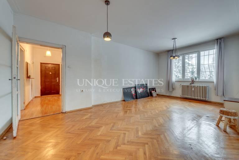 Apartment with three bedrooms in Oborishte