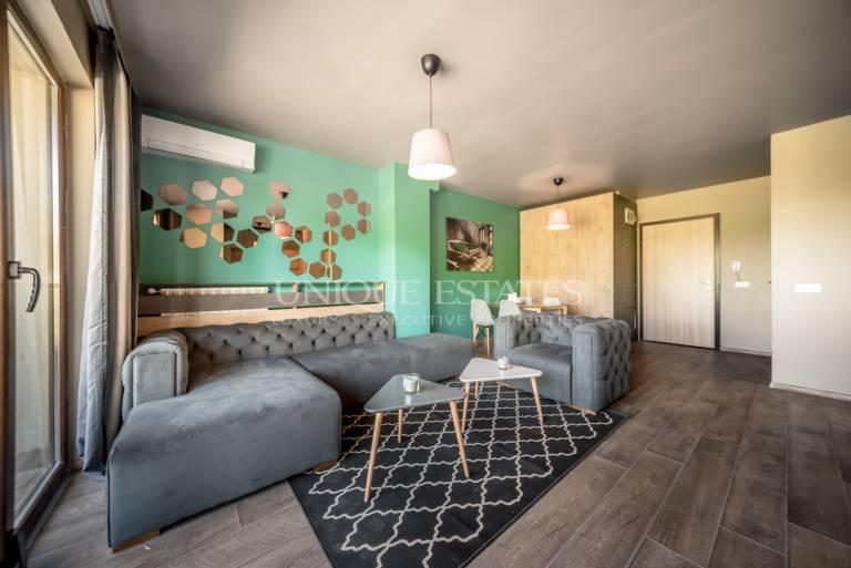 Елегантен тристаен апартамент за продажба в Бояна