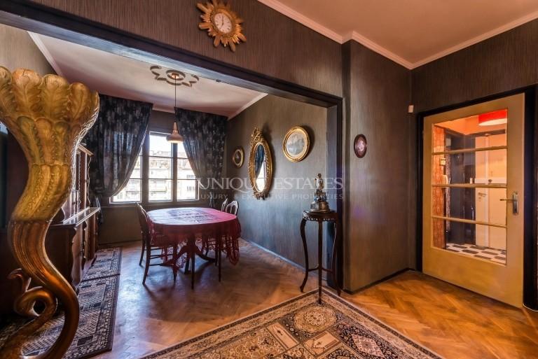 Art apartment for rent on Vitosha Blv.
