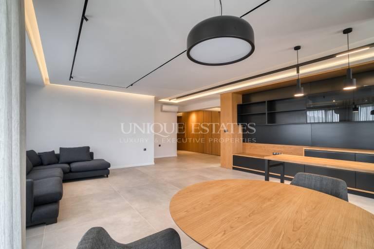 Просторен нов апартамент под наем