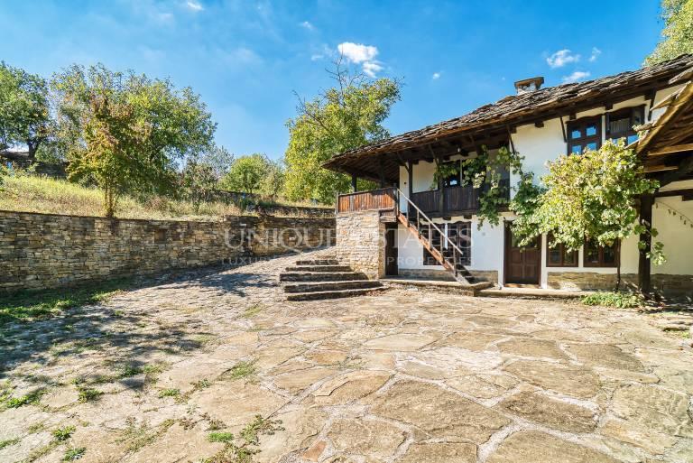 Реставрирана къща в  Архитектурен резерват Старо Стефаново